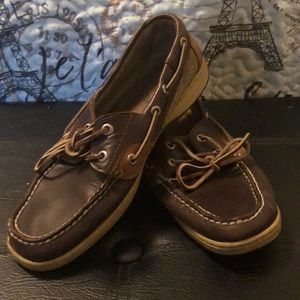 Sperry Boat Shoes for Women! ⛵️